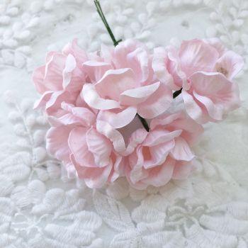Магнолия, цвет нежно-розовый 5 см