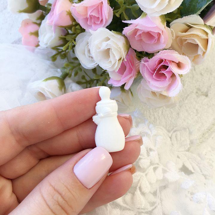 """Фигурка из пластика """"Бутылочка малая"""",цвет белый"""