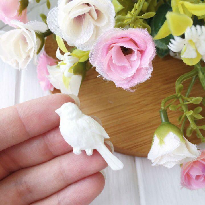 "Фигурка из пластика ""Птица 3"",цвет белый"