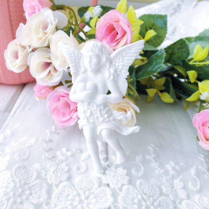 "Фигурка из пластика ""Ангел с сердцем"",цвет белый"