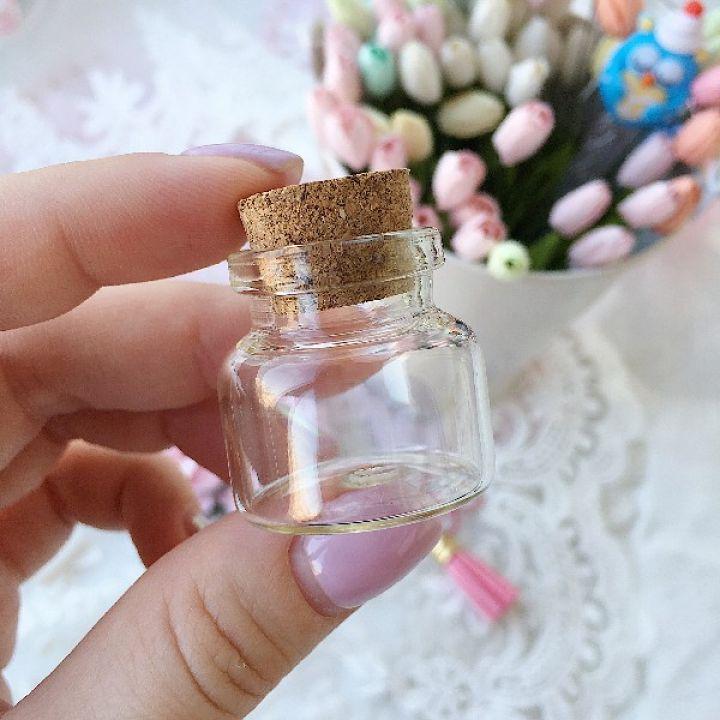 Стеклянная бутылочка 30*30 мм