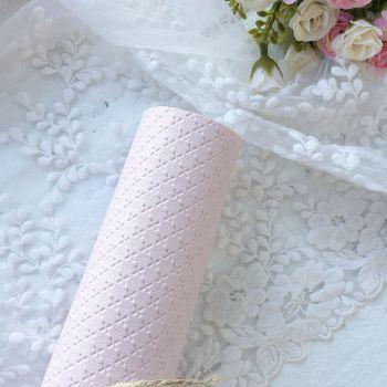 """Кожзаменитель с тиснением """"ромб"""", цвет нежно-розовый 28*20 см"""