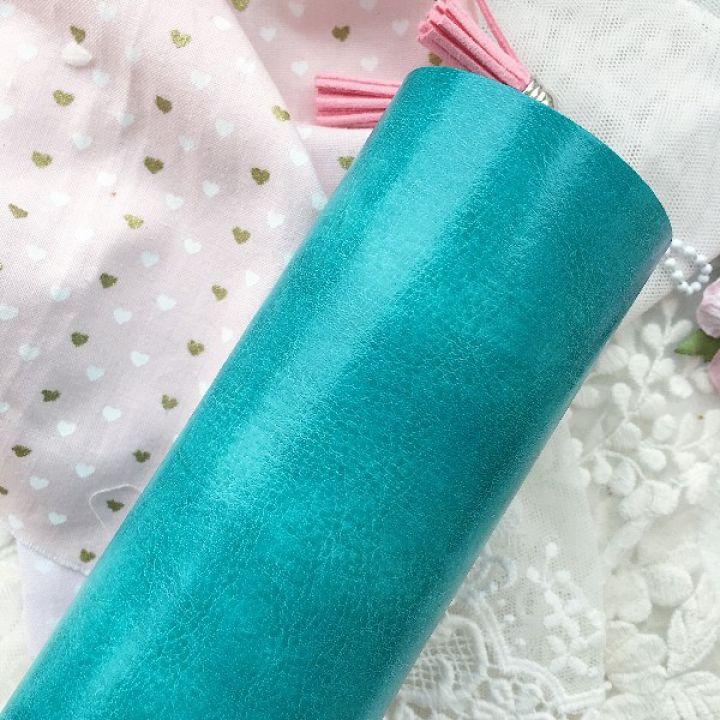 Глянцевый переплетный кожзаменитель, цвет бирюзовый 35*25 см