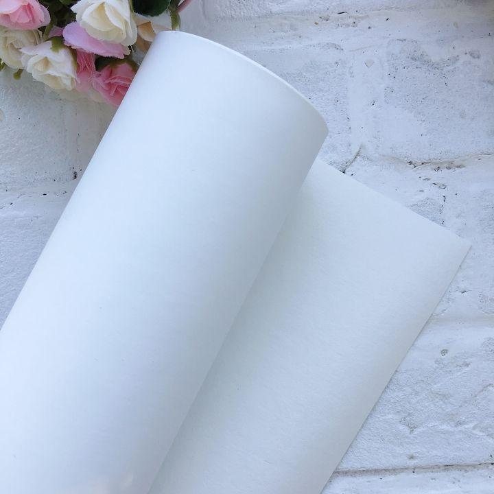 Матовый переплетный кожзаменитель, цвет белый холодный 35*25 см
