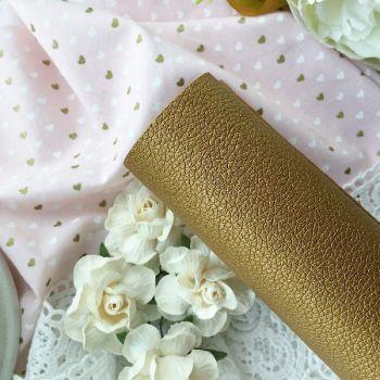 Кожзаменитель с тиснением под кожу, цвет золотой  35 на 30 см