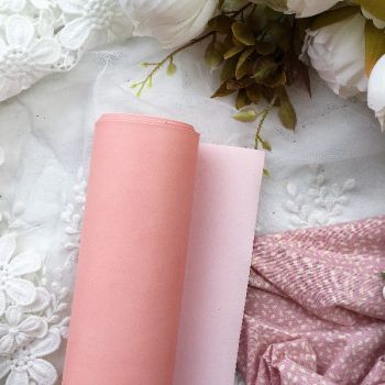 Матовый переплетный кожзаменитель, цвет розово-персиковый 35*25 см