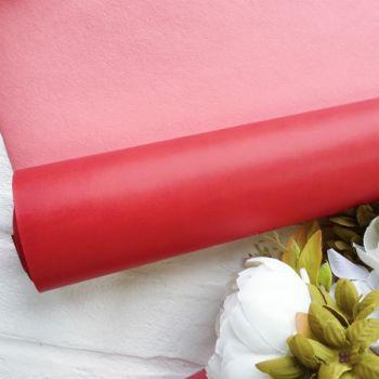 Матовый переплетный кожзаменитель, цвет красный 35*25 см
