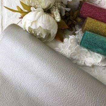 Кожзам текстурный, цвет серебряный  50*28 см