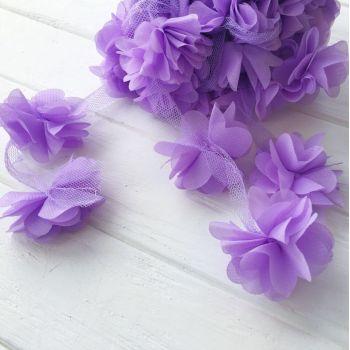 Шифоновые цветы на сетке. Цвет фиолетовый, диаметр 6 см