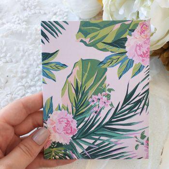 Карточка с конвертом Maggie Holmes Chasing Dreams*5