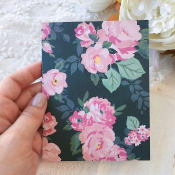Карточка с конвертом Maggie Holmes Chasing Dreams*1