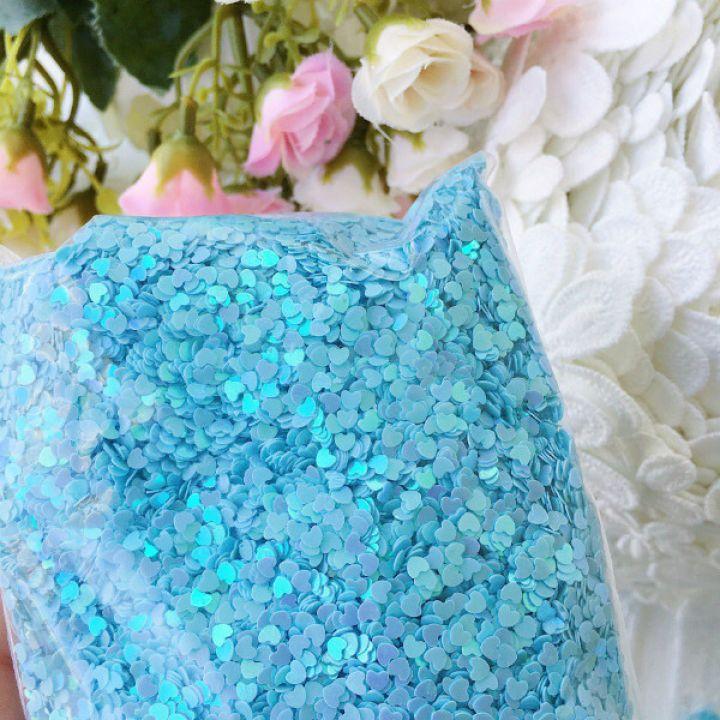 Пайетки 3 мм  в форме сердца, цвет голубой