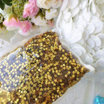 Пайетки 4 мм  в форме звезды, цвет золотой