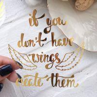 "Надпись ""Wings"", цвет Gold metallic"