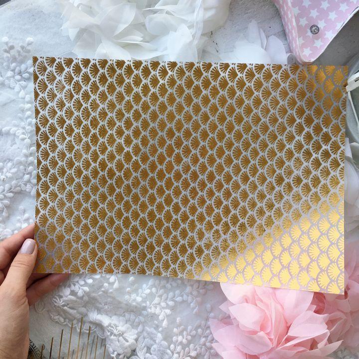 Лист веллума (кальки) Ultimate Crafts Foiled Vellum A4 Gold *4