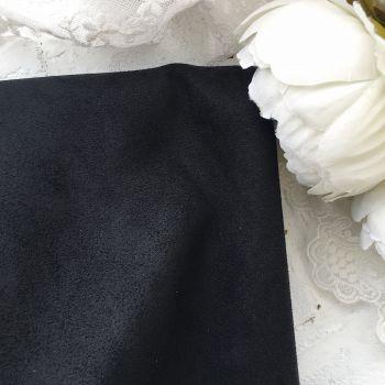Искусственная замша стрейч на трикотажной основе, цвет черный 30*25